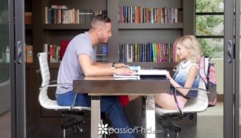 Skanky Alison Faye boned by massive dick